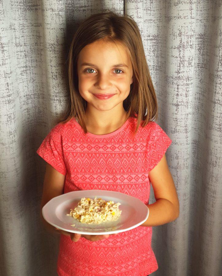 przepisy na sałatki z makaronem